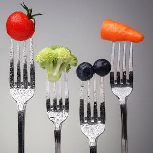 forks-holding-food