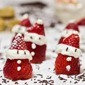 santa-strawberries-cream